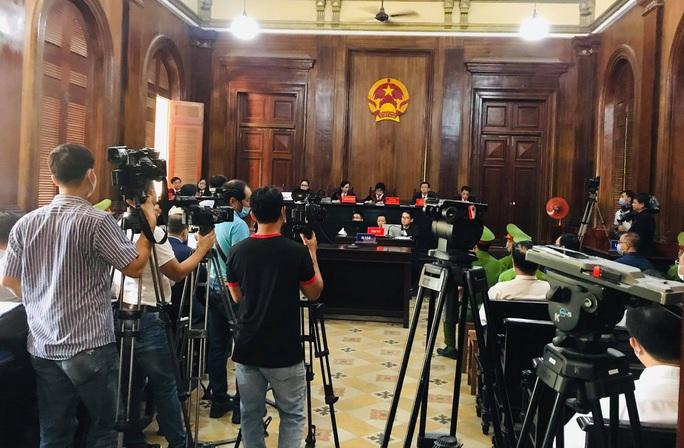Xét xử ông Nguyễn Thành Tài và đồng phạm: Nhiều doanh nghiệp và cá nhân liên quan vắng mặt - Ảnh 5.