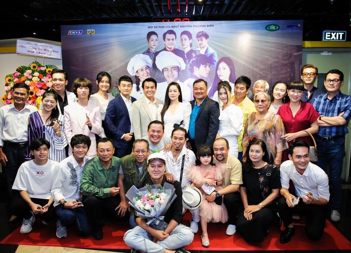 NSƯT Lê Thiện tố vì đạo diễn Nguyễn Phương Điền mà bà bị nhấn nước - Ảnh 3.