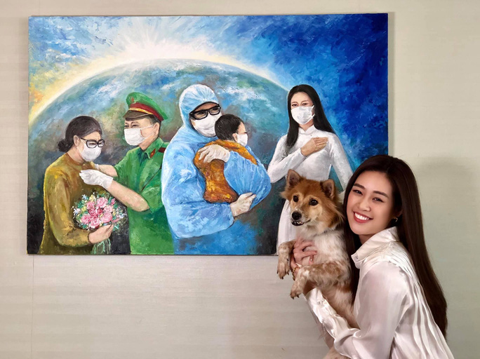 Hoa hậu Khánh Vân đấu giá tranh ủng hộ quỹ phòng chống Covid-19 - Ảnh 1.