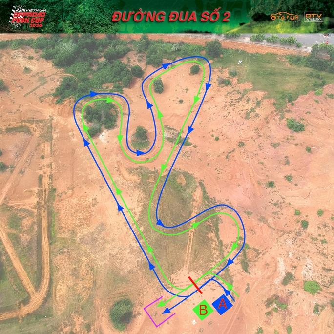 Hàng trăm VĐV tranh tài giải đua xe ôtô địa hình Việt Nam 2020 - Ảnh 8.