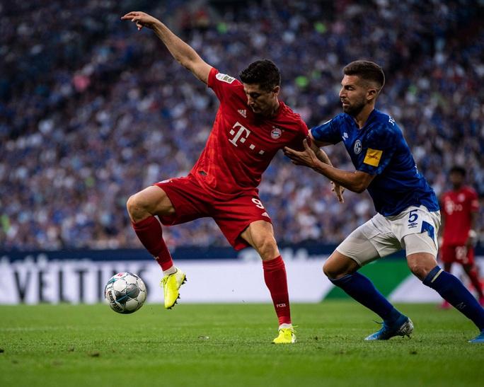 Các giải bóng đá châu Âu trở lại để tự cứu mình  - Ảnh 1.