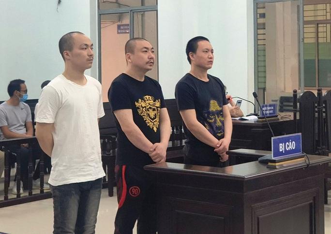 Khánh Hòa: Xét xử nhóm người Trung Quốc chém chết đồng hương - Ảnh 1.