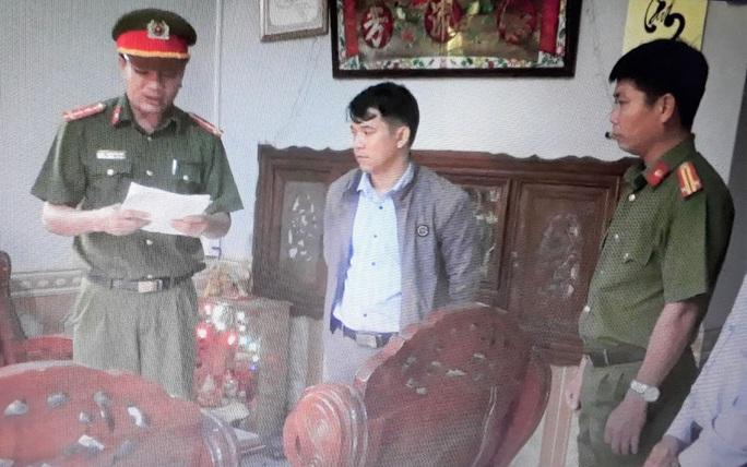 Quảng Nam: Bắt 2 cán bộ tại huyện Núi Thành - Ảnh 2.
