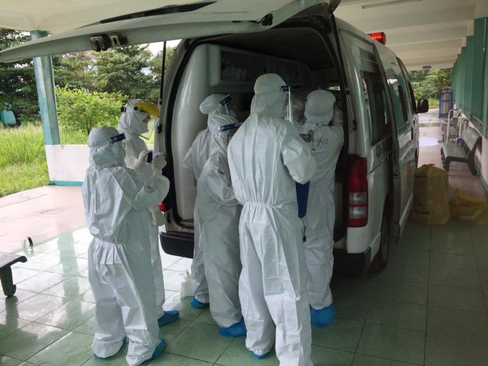 Chuyển bệnh nhân 416 về Bệnh viện Đà Nẵng - Ảnh 2.