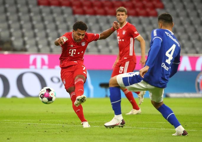 Khai mạc Bundesliga, Bayern Munich vùi dập Schalke 04 không lối thoát - Ảnh 2.