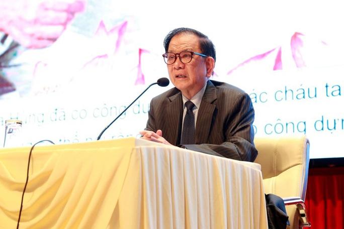 Ông Nguyễn Dy Niên: Cố Tổng Bí thư Trường Chinh gọi tới nhà khóa cửa hỏi về đổi mới đối ngoại - Ảnh 1.