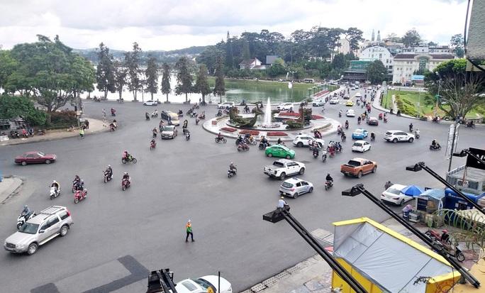 Đà Lạt, Nha Trang vắng tanh du khách dịp lễ 2-9 - Ảnh 7.