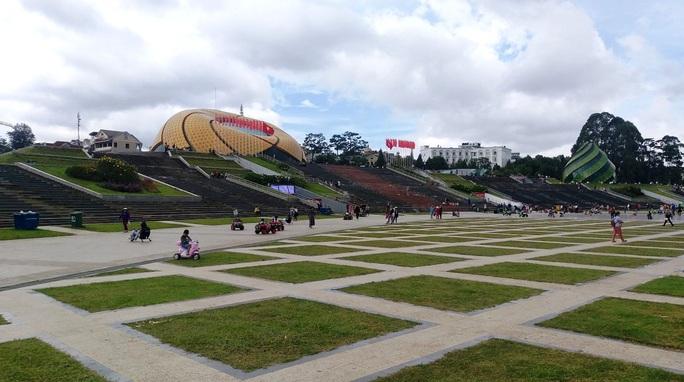 Đà Lạt, Nha Trang vắng tanh du khách dịp lễ 2-9 - Ảnh 5.