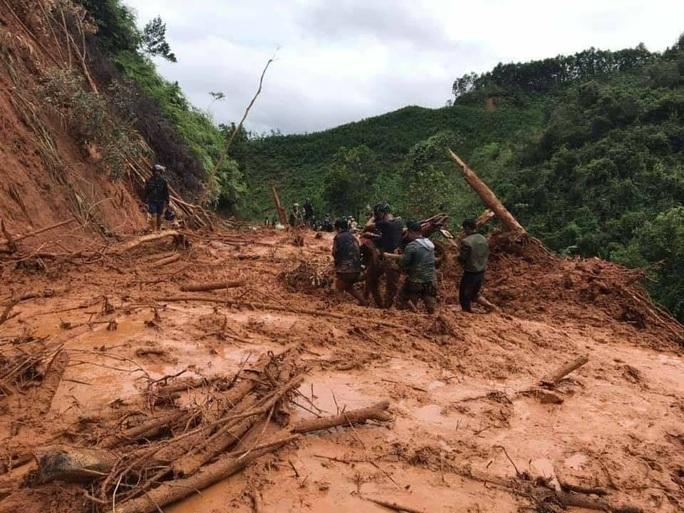 Mưa lũ cướp đi hơn 173 tỉ đồng của một huyện tại Quảng Nam - Ảnh 3.