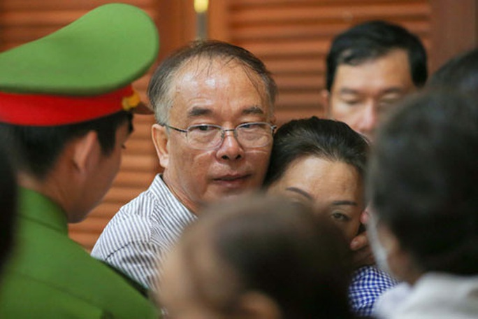 Ông Nguyễn Thành Tài bị tuyên phạt 8 năm tù - Ảnh 1.