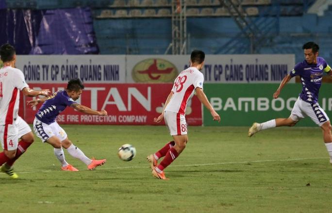 Quang Hải tỏa sáng phút 88, Hà Nội FC bảo vệ thành công cúp Quốc gia - Ảnh 4.