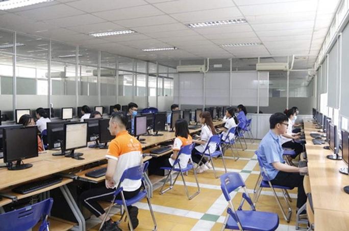 TP HCM: Hơn 400 thí sinh thi giỏi nghề - Ảnh 1.