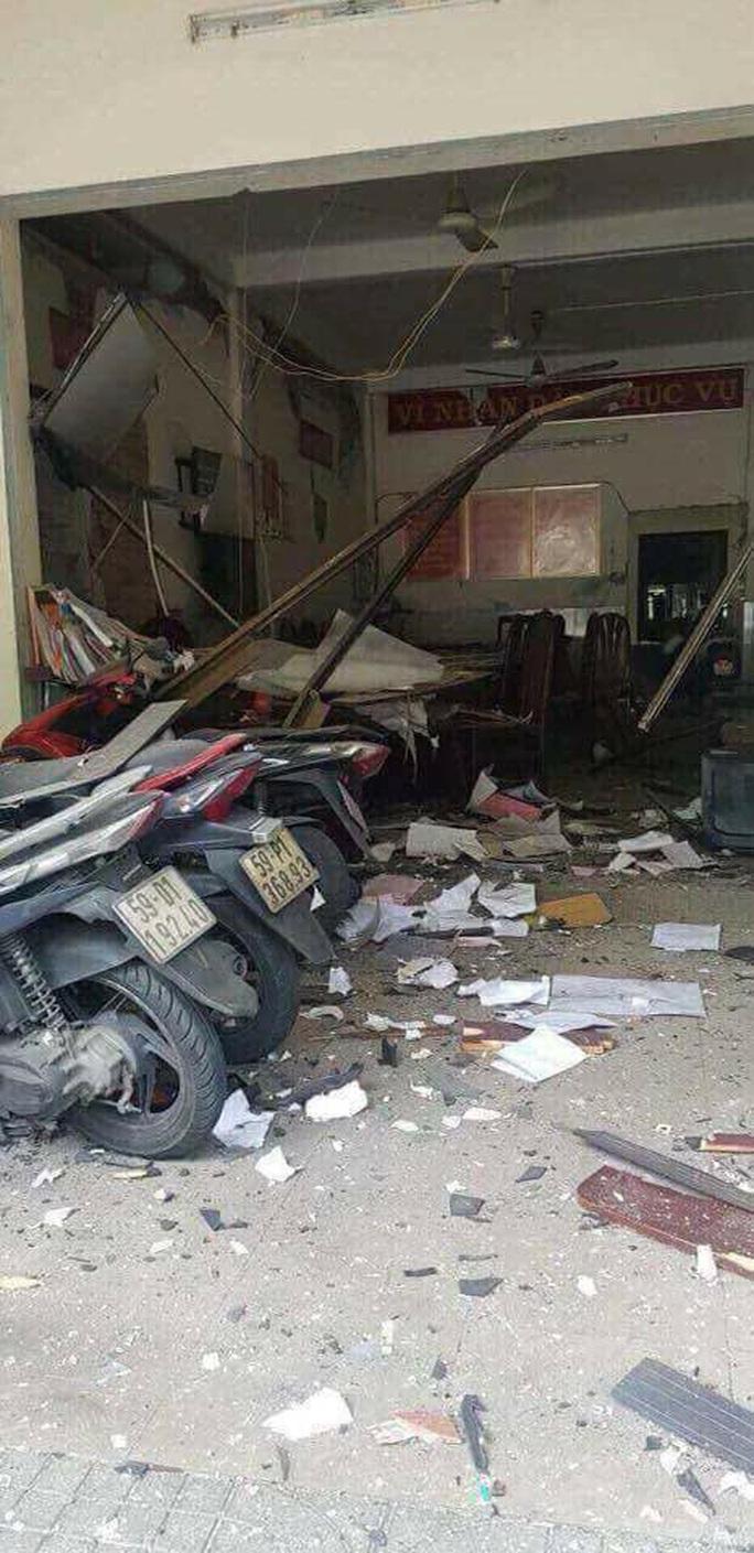Xét xử nhóm đặt chất nổ khủng bố tại trụ sở công an phường - Ảnh 4.