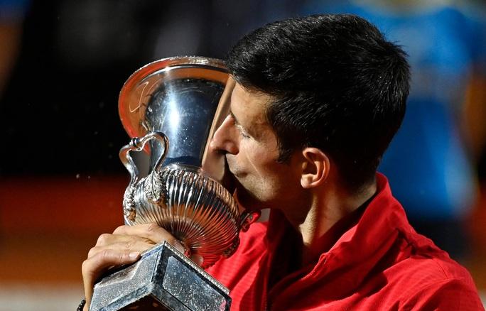 Djokovic phá kỷ lục thế giới khi đăng quang Rome Masters 2020 - Ảnh 8.