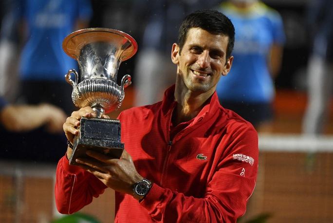 Djokovic phá kỷ lục thế giới khi đăng quang Rome Masters 2020 - Ảnh 4.