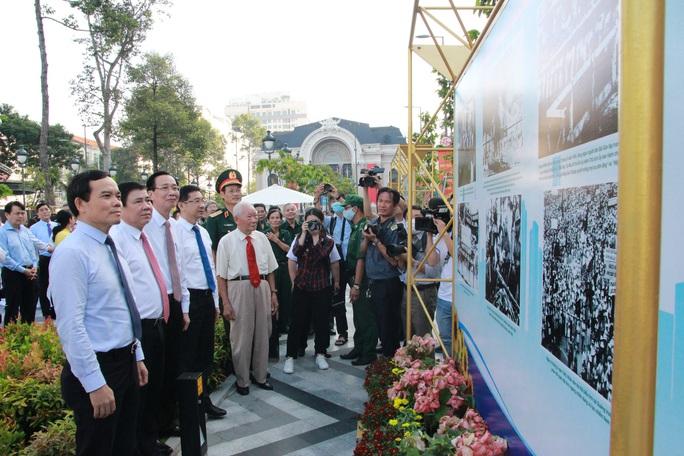 TP HCM họp mặt kỷ niệm 75 năm ngày Nam Bộ kháng chiến - Ảnh 1.