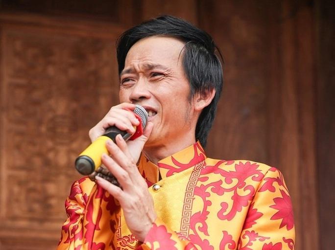 Danh hài Hoài Linh không mở cửa Đền thờ trong ngày Giỗ Tổ sân khấu - Ảnh 2.