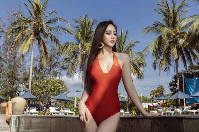 Diện bikini gợi cảm, Mai Phương Thúy xứng danh hoa hậu nóng bỏng nhất - Ảnh 7.