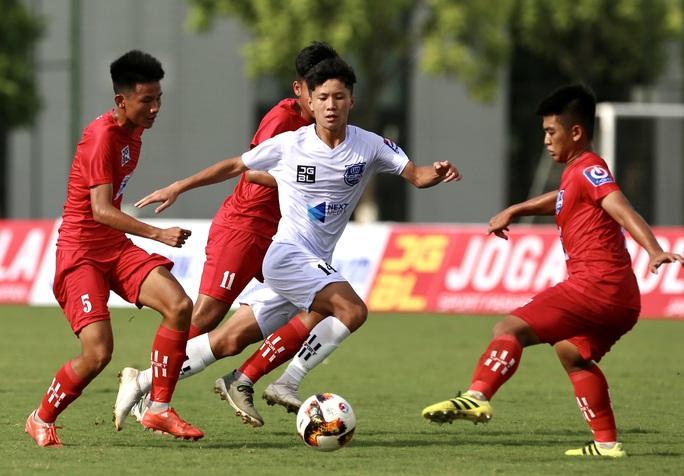 VCK Giải bóng đá vô địch U17 Quốc gia – Next Media 2020: U17 Nutifood JMG  vào bán kết - Ảnh 1.