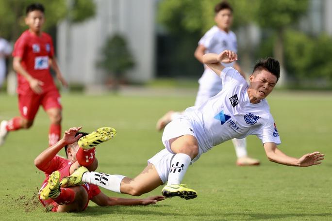 VCK Giải bóng đá vô địch U17 Quốc gia – Next Media 2020: U17 Nutifood JMG  vào bán kết - Ảnh 2.