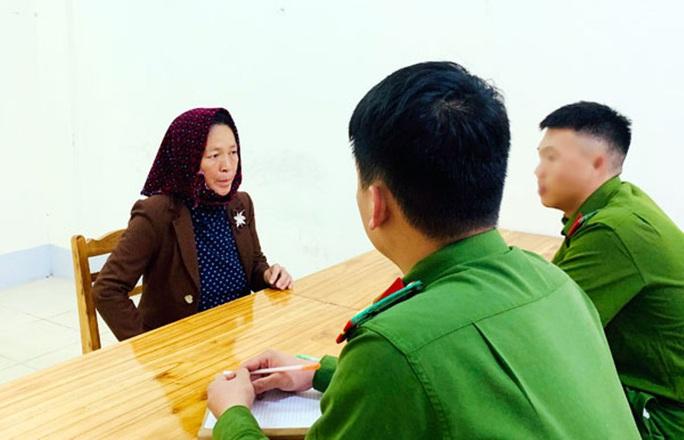 Nợ tiền, cặp vợ chồng dụ dỗ bé gái 13 tuổi bán sang Trung Quốc - Ảnh 1.