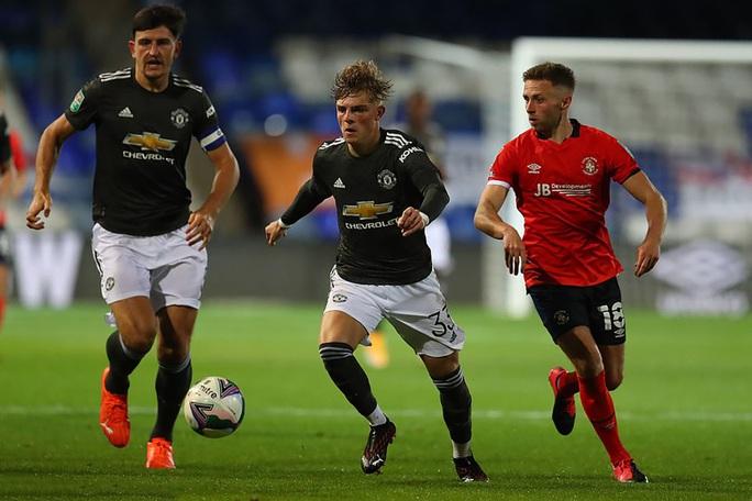 Dự bị lập công, Man United thắng trận đầu tiên mùa giải mới - Ảnh 3.