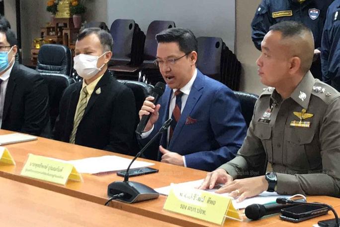 Thái Lan mạnh tay với Facebook, Twitter - Ảnh 1.