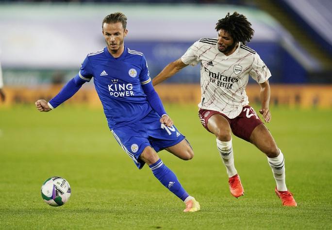Arsenal hạ gục chủ nhà Leicester bằng bàn đá phản League Cup - Ảnh 1.