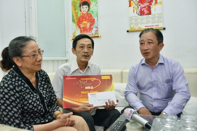 Mai Vàng nhân ái đến thăm nghệ sĩ Trường Quang và Tuấn Phương - Ảnh 10.