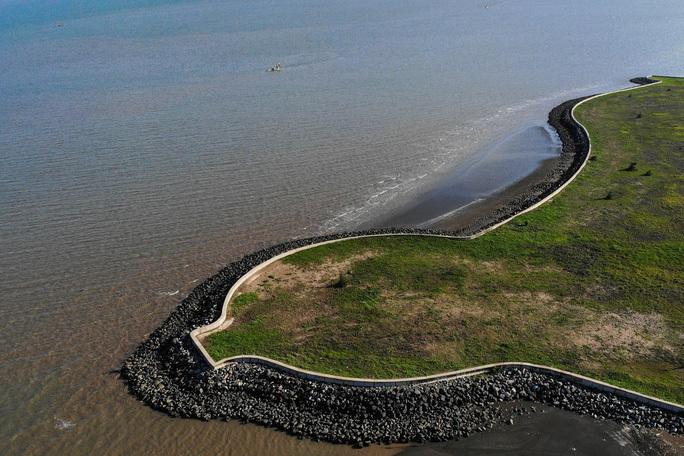 TP HCM: Đề xuất 4 vị trí làm cảng biển ở Cần Giờ - Ảnh 1.