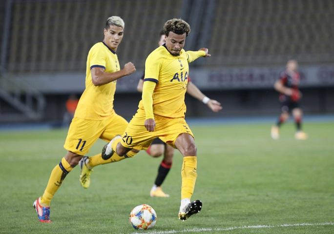 Son Heung-min thăng hoa, Tottenham lại chiến thắng Europa League - Ảnh 4.