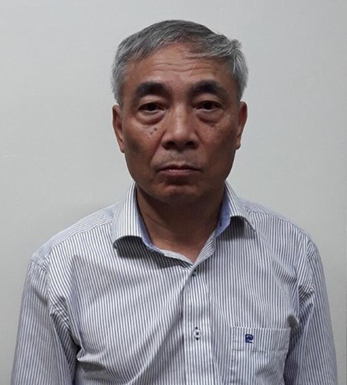 Bắt nguyên giám đốc Bệnh viện Bạch Mai Nguyễn Quốc Anh - Ảnh 3.