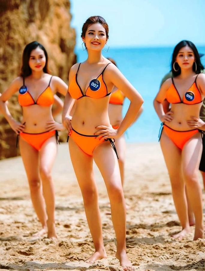 Hotgirl Trần Ngọc Huyền bị tước vương miện Hoa khôi người đẹp du lịch Quảng Bình - Ảnh 2.
