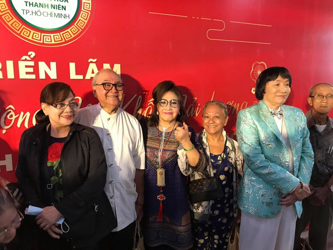 Đông đảo nghệ sĩ xem triển lãm ảnh của NSND Minh Vương - Ảnh 10.