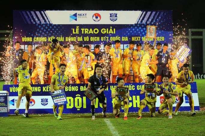 Vô địch U17 quốc gia: Bóng đá trẻ xứ Nghệ lấy lại uy danh - Ảnh 1.