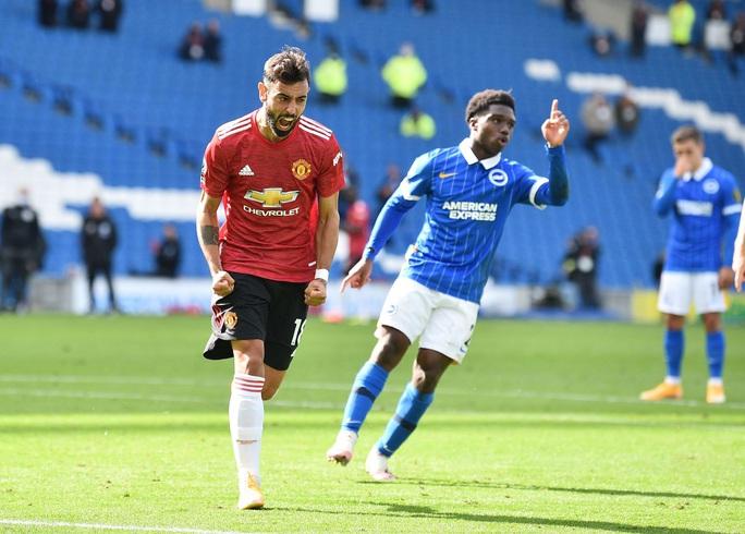 Hưởng phạt đền khi trận đấu đã kết thúc, Man United ngược dòng điên rồ trước Brighton - Ảnh 7.