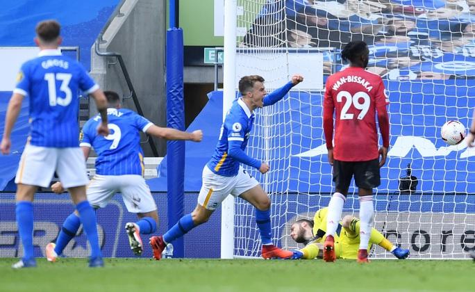 Hưởng phạt đền khi trận đấu đã kết thúc, Man United ngược dòng điên rồ trước Brighton - Ảnh 5.