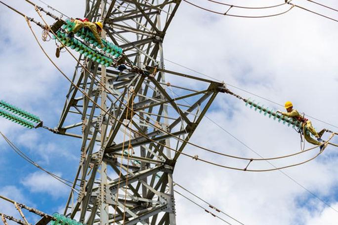 13 tỉ USD phát triển nguồn và lưới điện - Ảnh 1.