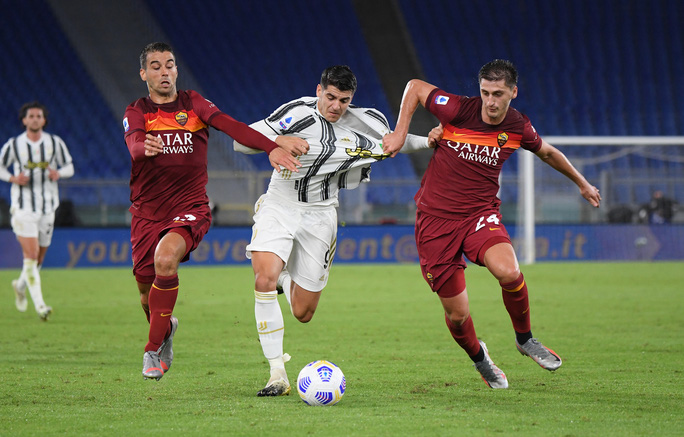 Ronaldo lập cú đúp giúp Juventus thoát thua - Ảnh 5.