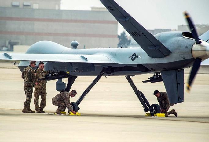 Máy bay không người lái sát thủ của Mỹ sẵn sàng đến biển Đông - Ảnh 1.