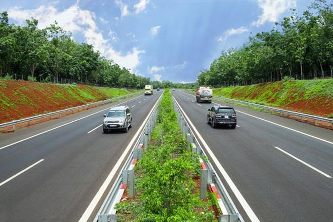 Đồng loạt khởi công 3 dự án cao tốc Bắc - Nam - Ảnh 1.