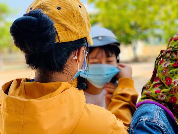 Thi tốt nghiệp THPT đợt 2: Phần thi tác phẩm Việt Bắc nằm ngoài dự đoán của  nhiều thí sinh Đà Nẵng - Ảnh 9.