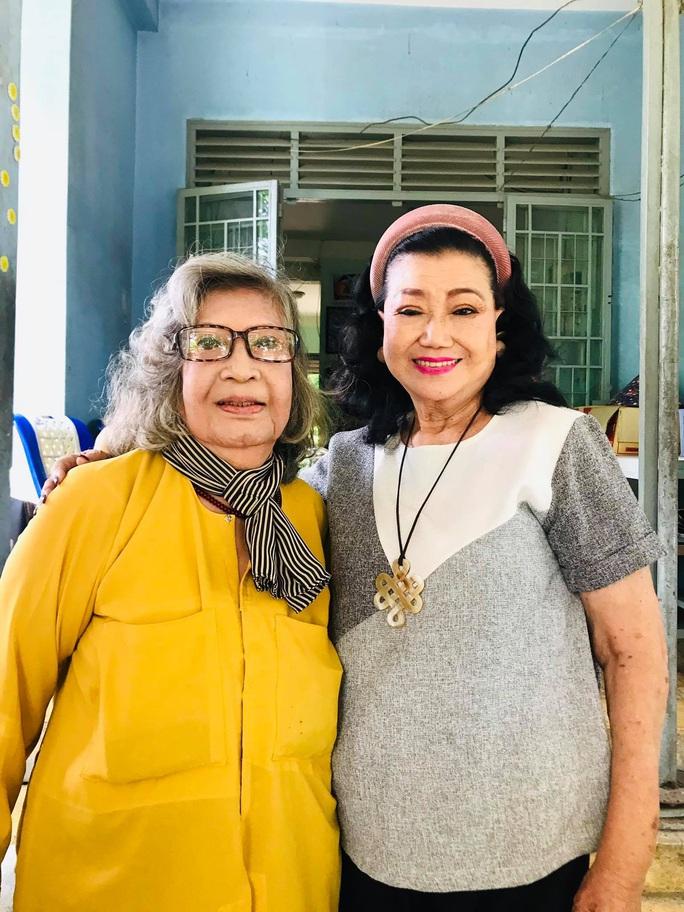 Kỳ nữ Kim Cương hội ngộ các nghệ sĩ thế hệ vàng cải lương - Ảnh 6.