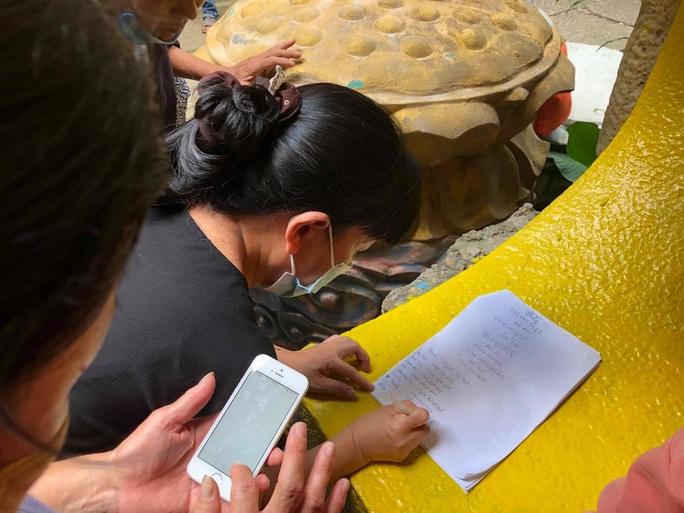 Tiến hành kiểm kê số lượng, thực trạng các hũ cốt thờ tại chùa Kỳ Quang 2 - Ảnh 2.