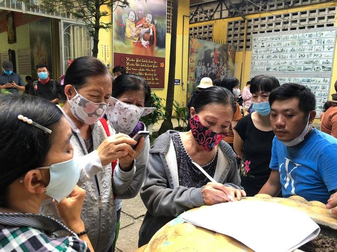 Tiến hành kiểm kê số lượng, thực trạng các hũ cốt thờ tại chùa Kỳ Quang 2 - Ảnh 1.