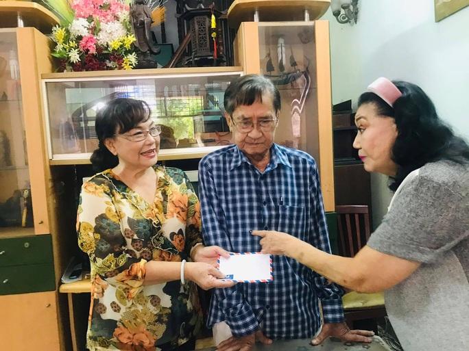 Kỳ nữ Kim Cương hội ngộ các nghệ sĩ thế hệ vàng cải lương - Ảnh 2.