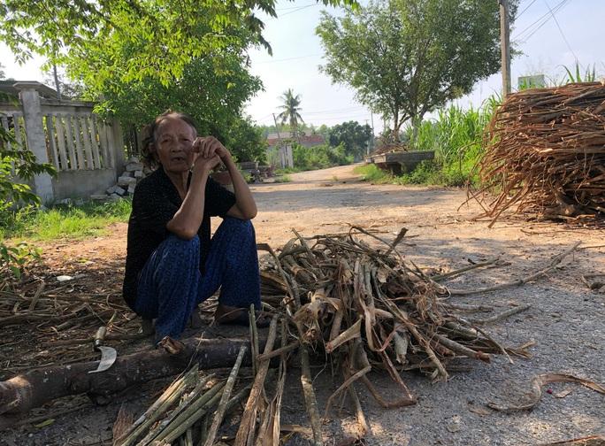 Dính đến tuyến đường 70 tỉ đồng dang dở, nhiều quan chức Quảng Ngãi bị kỷ luật - Ảnh 4.