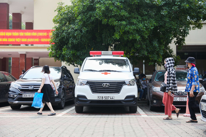 Ông Đoàn Ngọc Hải đưa bệnh nhân từ Hà Nội về Hà Giang: Khi nào yếu, mệt tôi sẽ nghỉ - Ảnh 2.