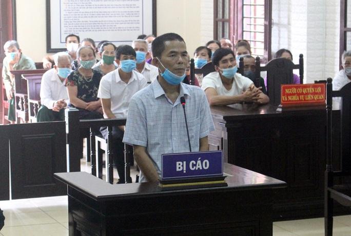 Vụ phá rừng VQG Phong Nha - Kẻ Bàng: Bị cáo khai chi lót tay cho nguyên Đồn trưởng mỗi tháng 10 triệu đồng - Ảnh 2.