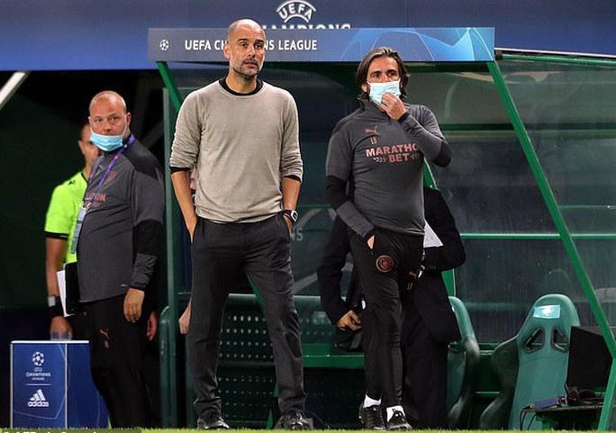 Barcelona và Messi thương thảo bất thành, lún sâu khủng hoảng - Ảnh 4.
